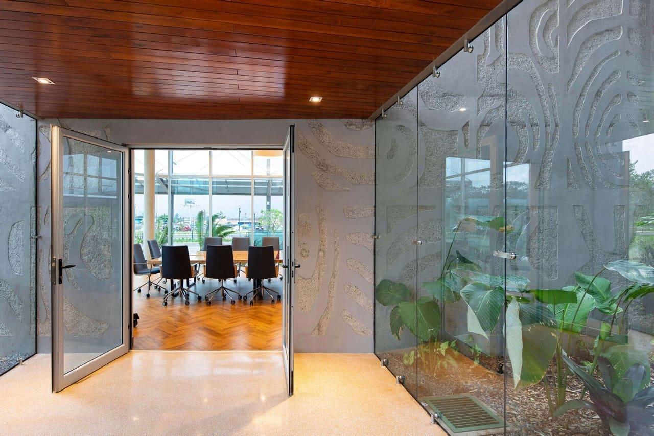 entrada a sala de reunion