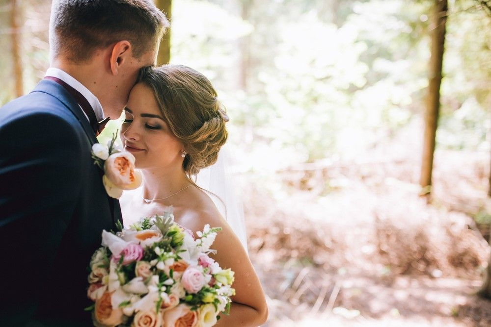 How to plan a wedding and not die trying