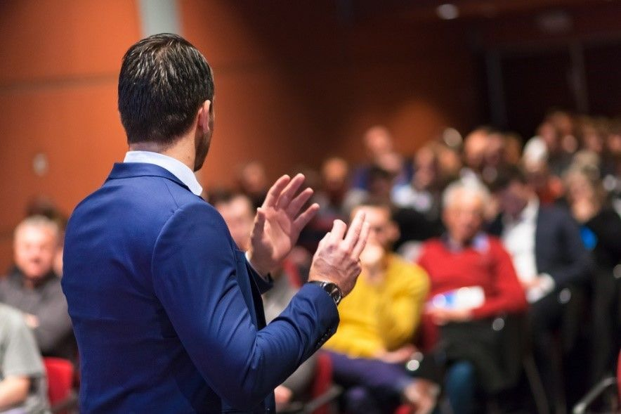 3 tips to organize a business event